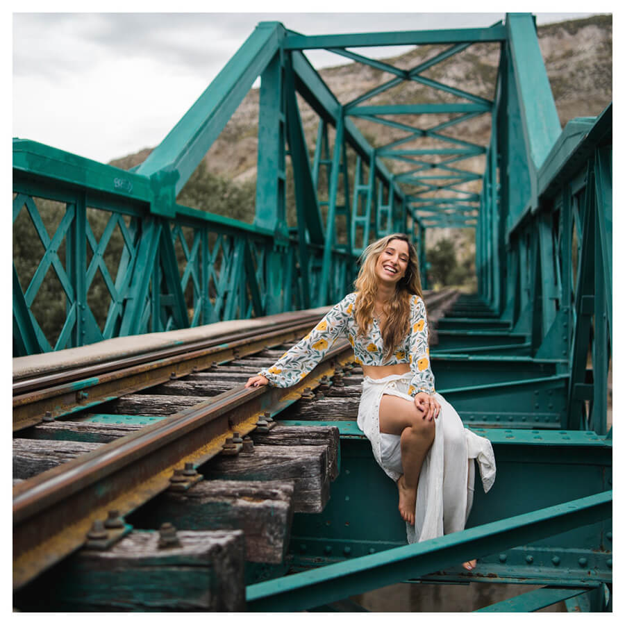 Insta Favorites Lightroom Preset Filters woman on a bridge and fashion for Instagrammers before